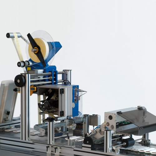 Top Labelling Machine System 9